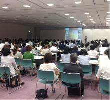 宮崎県庁にてケアマネージャー 200人の前で講演